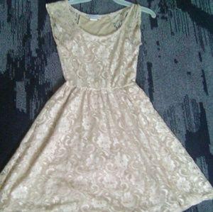 Pretty tan dress